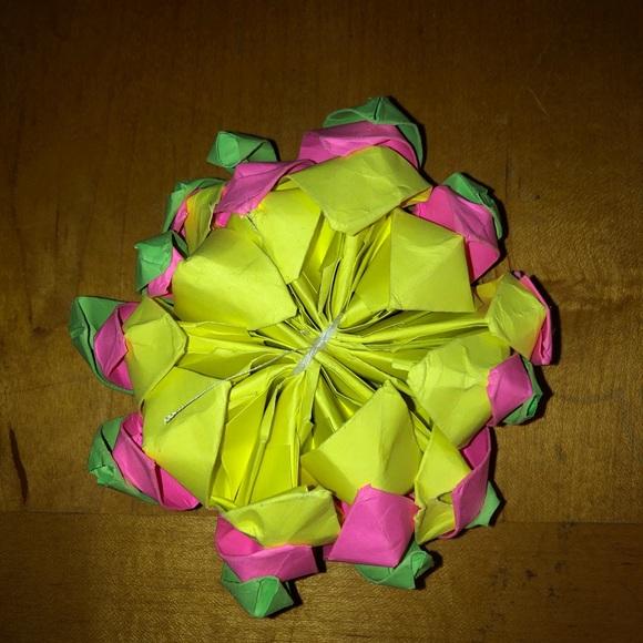 Paper Flower - Handmade Origami Lotus Flower - Gift, Table ... | 580x580